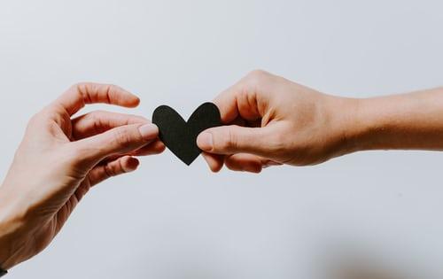 Ne hagyd, hogy a túlzó elvárások a szerelem útjába álljanak